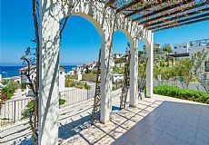 Pearl Bay Beach front Villa in Cyprus - 2