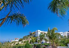Pearl Bay Beach front Villa in Cyprus - 4