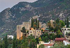 Bellapais 4 Bedroom Detached Villa in Cyprus, Kyrenia - 5