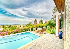 Simply the most luxurious villa with unmatched city and sea view in Kyrenia  - 4