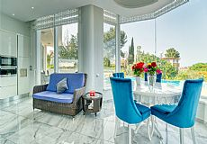 Unique luxurious mansion on the hills of Kyrenia overlooking city and Mediterranean - 4