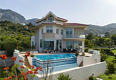 Unique luxurious mansion on the hills of Kyrenia overlooking city and Mediterranean - 5