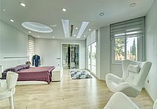 Unique luxurious mansion on the hills of Kyrenia overlooking city and Mediterranean - 10
