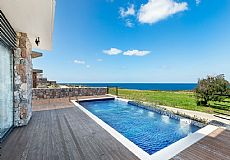 Luxury villa within a walking distance to beach for sale in Cyprus - 3