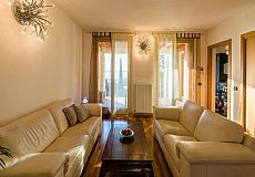 Ample & Prestigious 4 Rooms Residence at Lake Iseo, Italy - 11